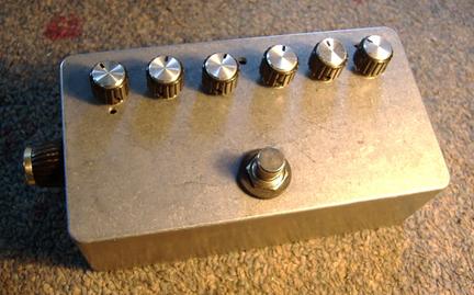 Original Analog Bass/Guitar Effects and DIY ///